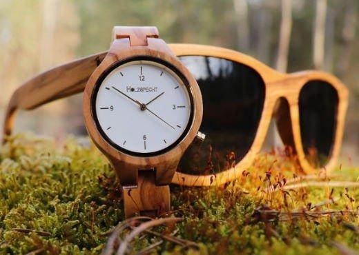 Holzspecht Holzuhr und Holzsonnenbrille Olive