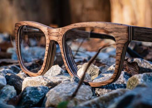 Optische Holzbrille Augenblick Walnuss