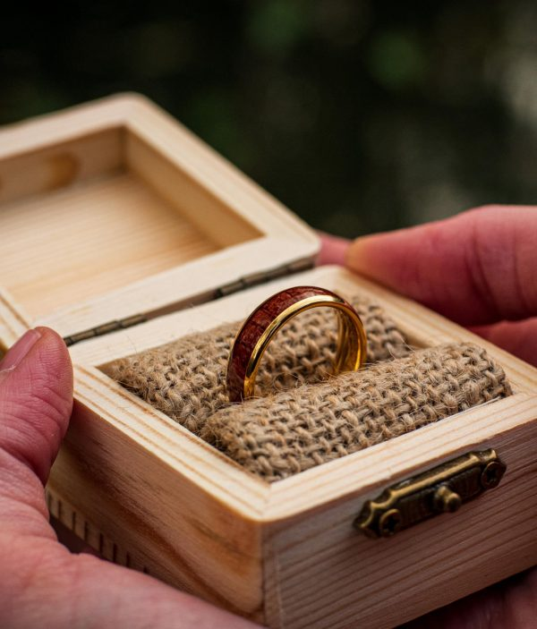 Holzspecht wedding ring with wood