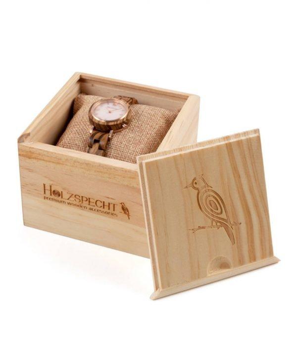 Holzspecht Uhr aus Holz und Stein